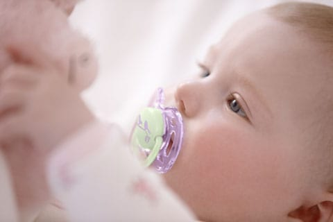 Why it's healthy to use a soother