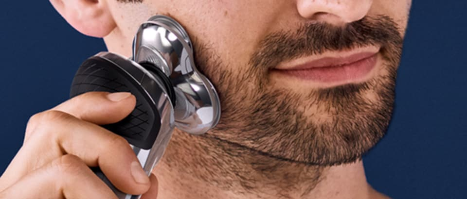 Dry shaving with Philips S9000 Prestige electric shaver