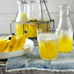 Non-alcoholic kids' cocktail with pineapple | Philips Chef Recipes