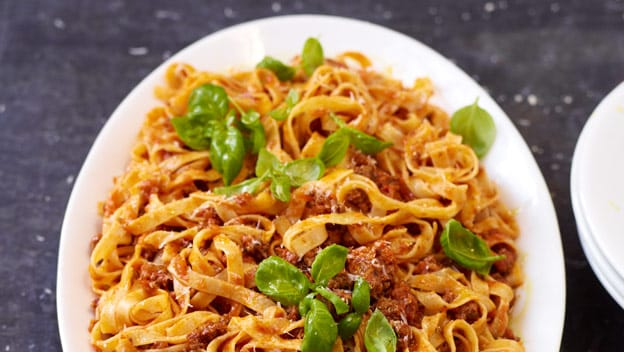 Tagliatelle alla Bolognese | Philips Chef Recipes