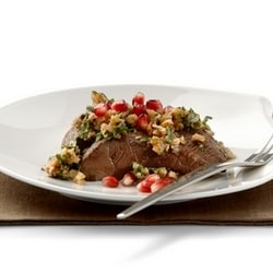 Venison steak with walnut sauce and pomegranate | Philips Chef Recipes