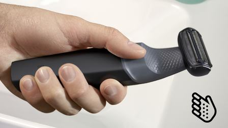 body groomer with ergonomic grip