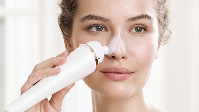 Wondering how to clean the pores on your nose? We have the perfect thing…