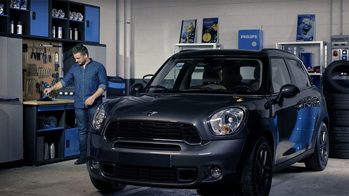 How to replace Mini Cooper Countryman headlight bulbs